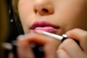 Shop Liquid Lipsticks at Just4Girls.pk. Image Credit: @Terralyx via Twenty20.