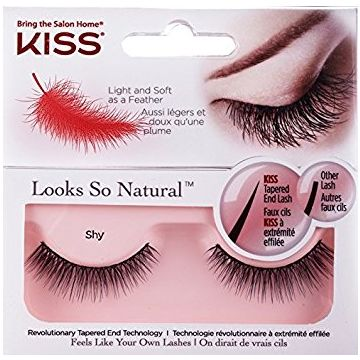Kiss Looks So Natural Lash - Shy it is exclusively availavble at jusrt4girls.pk