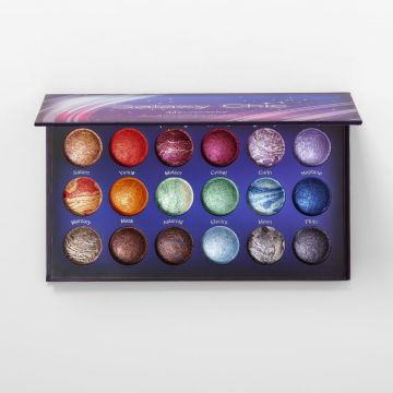 Galaxy Chic 18 Color Baked Eyeshadow Palette