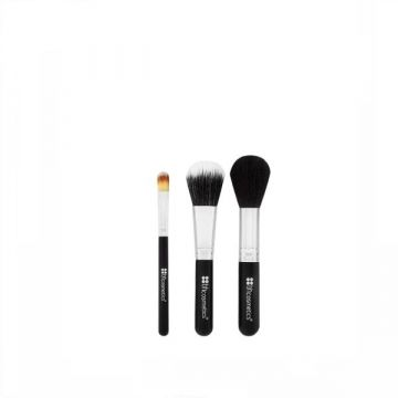 BH Cosmetics Face Essential To Go 3 Piece Brush Set - US